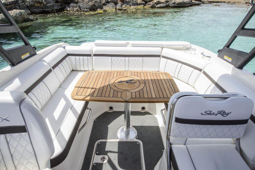 Sea Ray 250 SLX mesa