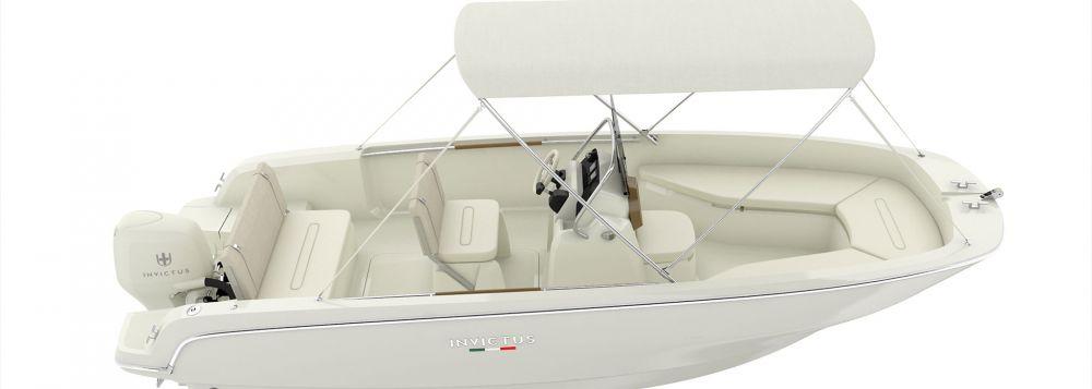 Invictus Yacht 190 FX-7