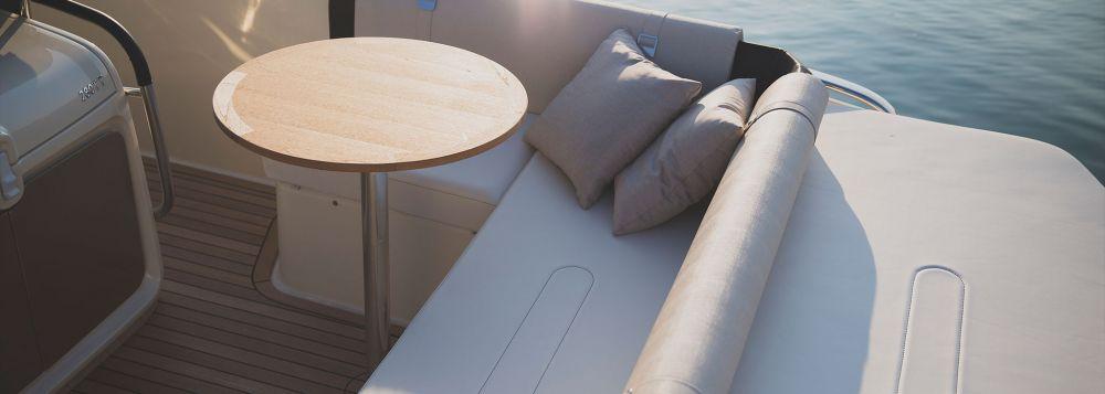 Invictus Yacht 280 TT-7