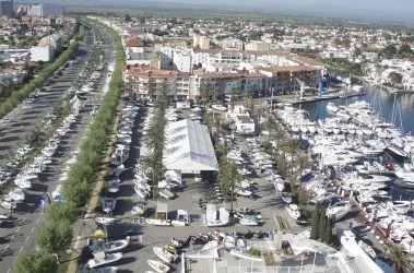 ¿Por qué visitar la 30ª edición de la Feria del vaixell d'ocasió Marina Empuriabrava?