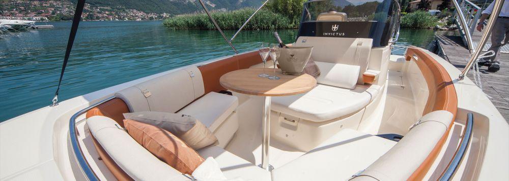 Invictus Yacht 280 SX-6