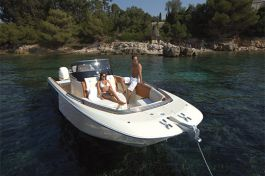 Invictus Yacht 280 SX(1)