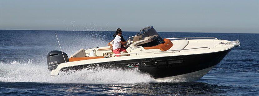 Invictus Yacht 240 CX-5